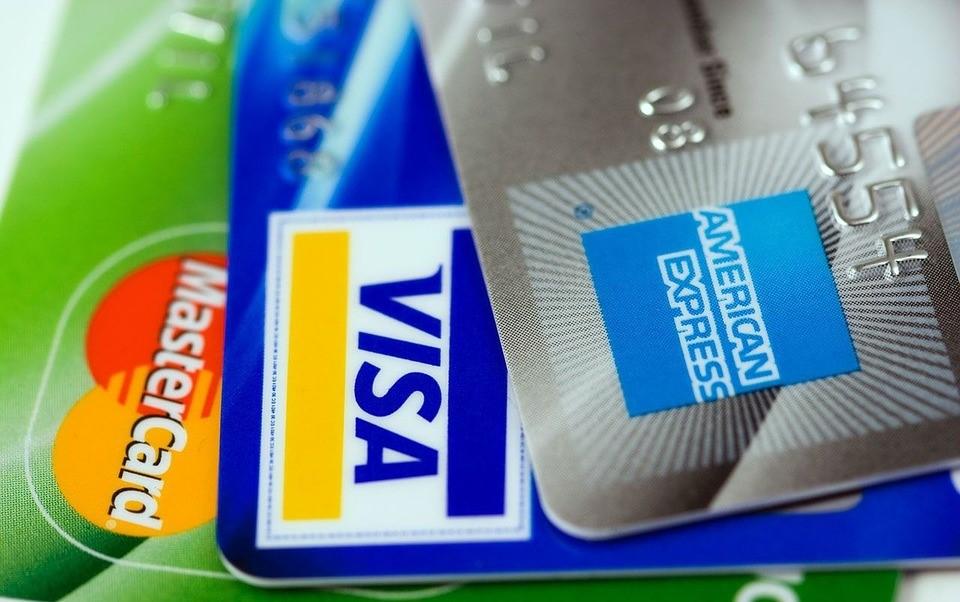 pagar la deuda de la tarjeta de crédito