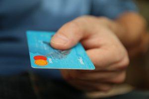 Tarjeta de crédito sin consultar al buro (Foto: Pixabay)